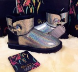 【澳洲仓】VIVA UGG VA003 Aurora Crystal mini buttom 炫彩极光一粒扣雪地靴